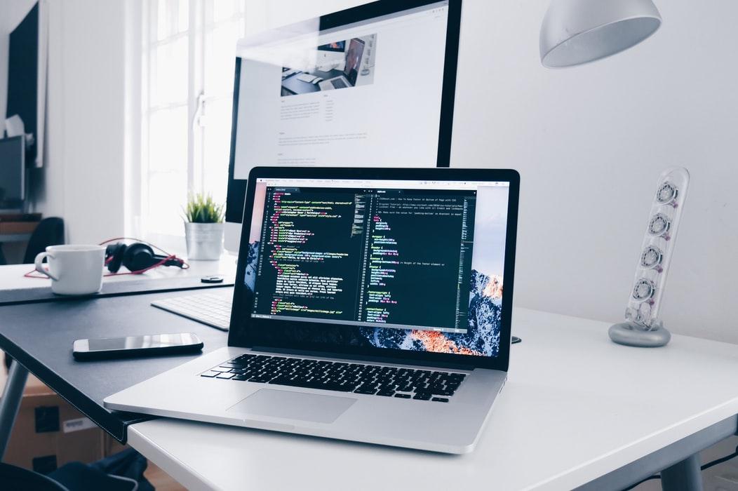 Les progrès technologiques nous ont conféré de nombreuses fonctionnalités qui étaient autrefois presque inimaginables, de sorte que vous pouvez aujourd'hui relever les défis professionnels et quotidiens avec plus de facilité et une productivité accrue.